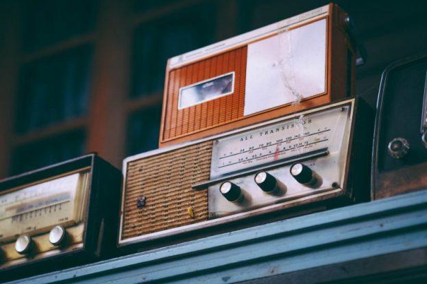 radio indoor
